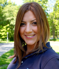 Esra Özdilli Zahnmedizinische Fachangestellte